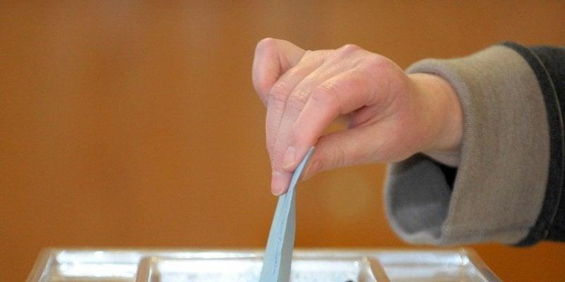 Une majorité simple suffira au Parlement pour enfermer la France dans l'austérité sans fin